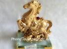 Ngựa vàng trên mây vàng đế thủy tinh G113A