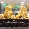 Cặp sư tử vàng đế gỗ C125A