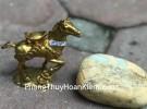 Ngựa đồng đèo vàng D281