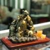 Hoàng gia ngũ tí chuột đồng trên đống tiền vàng D293