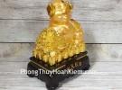 Vua heo vàng ôm bắp cải trên đống tiền LN031
