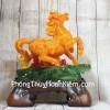 Nữ hoàng ngựa cam trên núi hoa mẫu đơn LN124