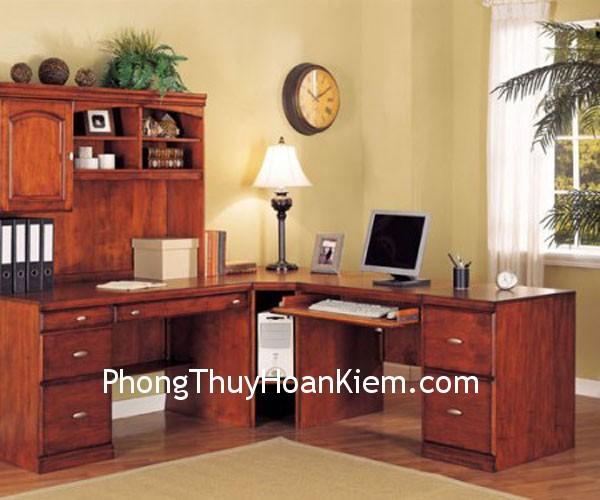 dat ban lam viec dung phong thuy Cách sắp xếp đồ vật trên bàn làm việc cho phù hợp với phong thủy