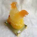 g064.1 150x150 Gà lưu ly ấp trứng trên đế thủy tinh G064A