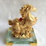 g113.2 150x150 Ngựa vàng trên mây vàng đế thủy tinh G113A