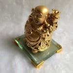 g139a.1 150x150 Phật di lặc vàng đứng trên đế thủy tinh G139A