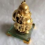 g139a.2 150x150 Phật di lặc vàng đứng trên đế thủy tinh G139A