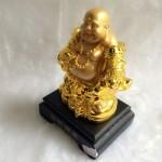 g143a.1 150x150 Phật di lặc vàng đứng gánh như ý xâu vàng đế gỗ G143A