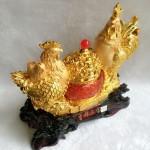 g002a.1 150x150 Gia đình gà trên hũ vàng G002A