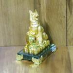 c034a cho san vang 1 150x150 Chó vàng nhỏ trên bao tải tiền C033A