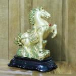 c108a ngua vang phi 1 150x150 Ngựa vàng phi trên núi vàng C108A