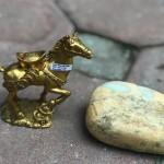 D281.3 150x150 Ngựa đồng đèo vàng D281