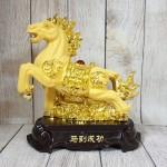 ln127 vua ngua kim sa 2 150x150 Vua ngựa kim sa vàng trên đế gỗ LN127
