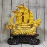 ln139 thuyen buom dau rong sa kim 1 150x150 Thuyền buồm đầu rồng kim sa lướt sóng LN139