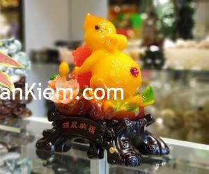 tm003 chuot cam mau don 2 300x250 Chuột ngọc cam trên mẫu đơn ôm hồ lô TM003